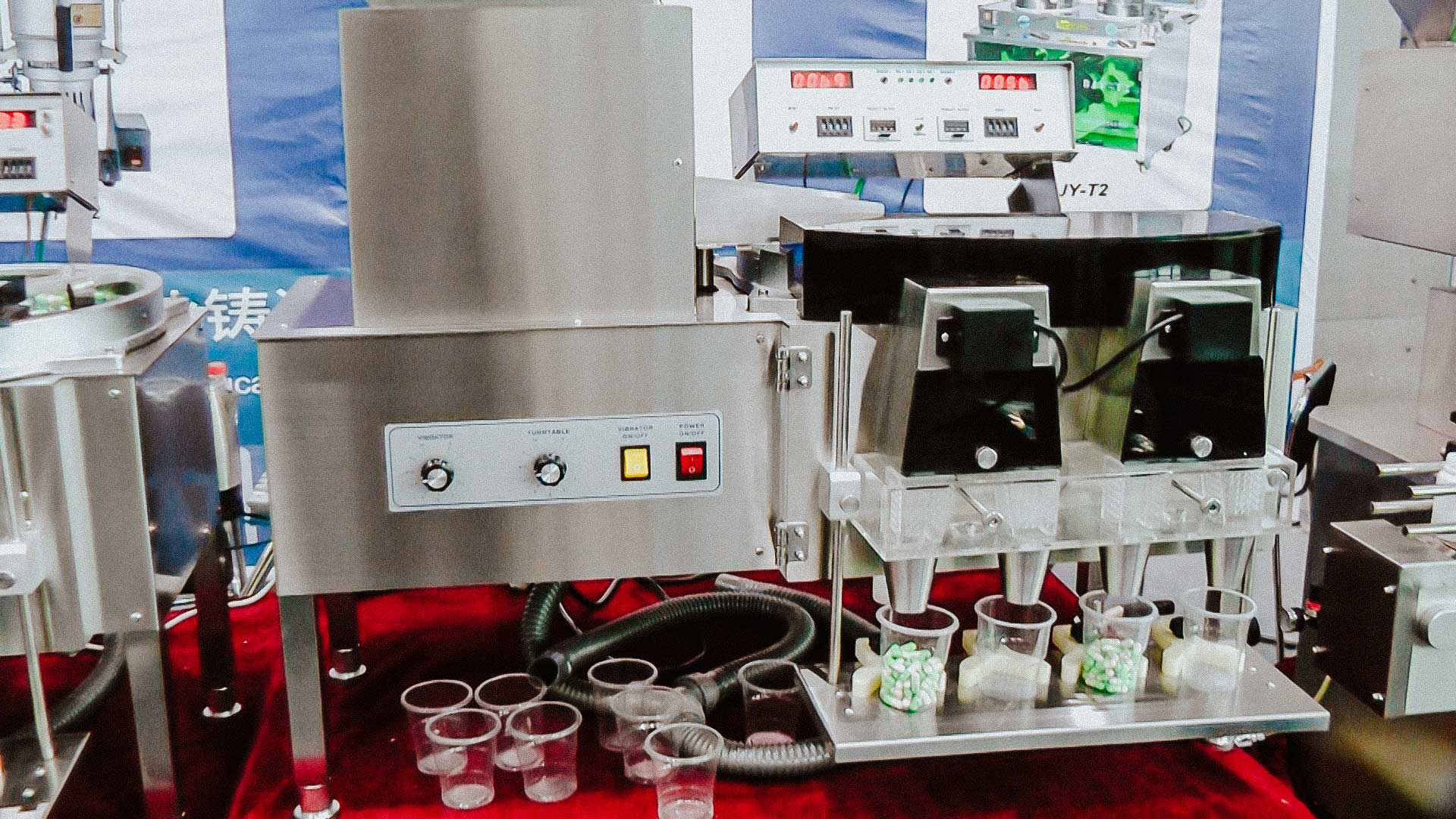 Equipment for counting and packaging of tablets, dragee, pills, hard gelatine capsules, candies