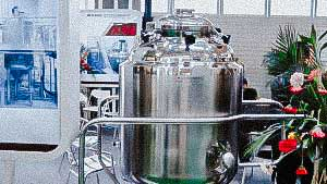 300 litre tank for preparation of liquid pharmaceutical products
