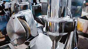 Automatic capsule filling equipment for solid gelatin capsules Europe