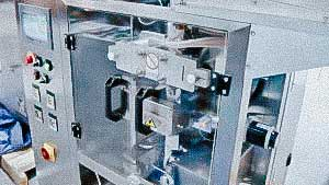 Automatic packaging machine for packing powder into sachet bags