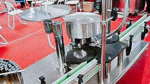Automatic penicillin bottle capping machine with aluminum cap