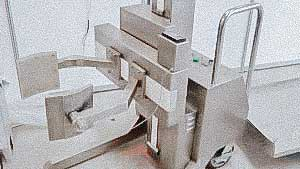 Automatic pharmaceutical pick-up for powder containers