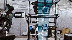 Equipment for packing bulk materials of powders granules into plastic bags