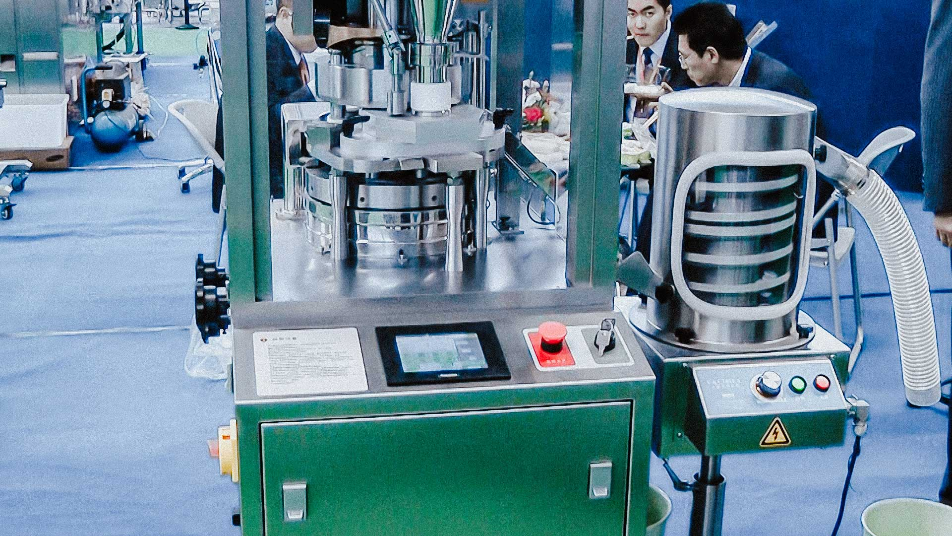Laboratory tablet press for the production of pharmaceutical powder tablets