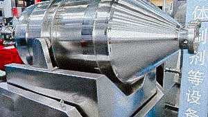 Powder mixer for food and pharmaceutical production