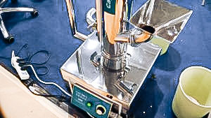Automatic equipment for polishing gelatin capsules pharmaceutical production Nederland