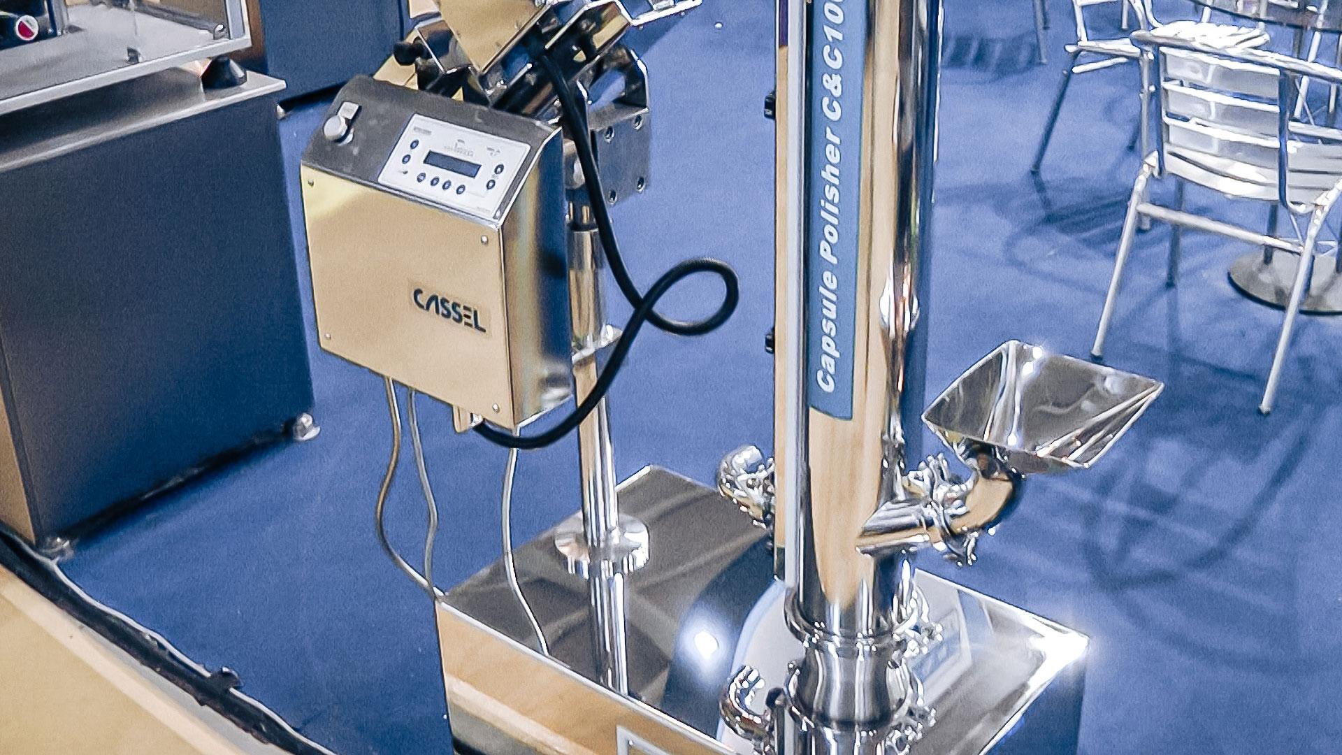 Automatic equipment for polishing gelatin capsules pharmaceutical production