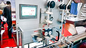 Automatic equipment for screwing cap on plastic bottle