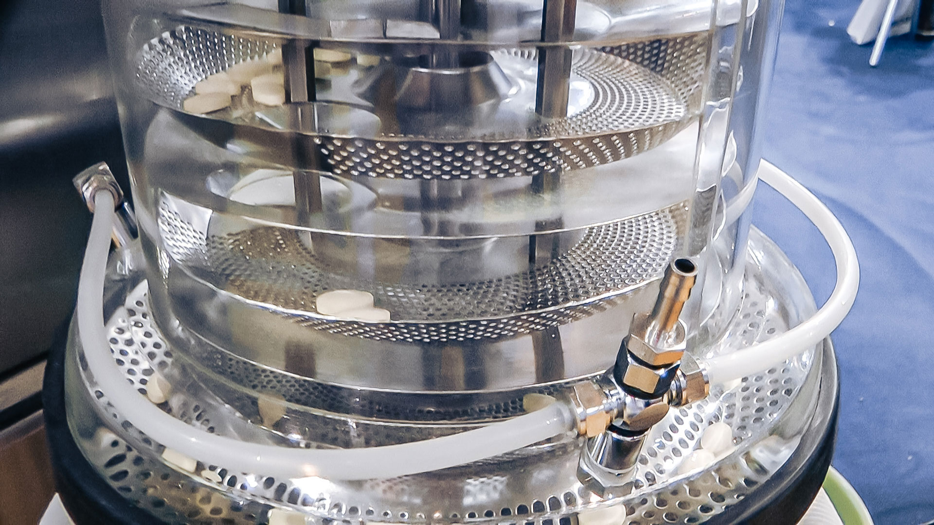 Automatic equipment for tablet polishing and dust removal in pharmaceutical production Portugal