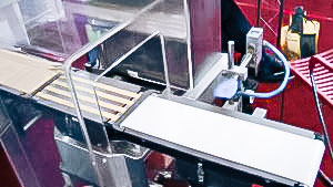 Automatic equipment control packaging weight and removal in pharmaceutical production