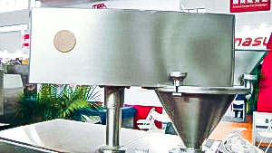 Automatic equipment for dry granulation of pellets in pharmaceutical production Africa